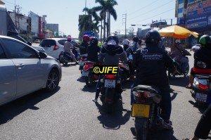 Motobike24-01_02
